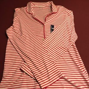 NWT Gap Body Top. Large.